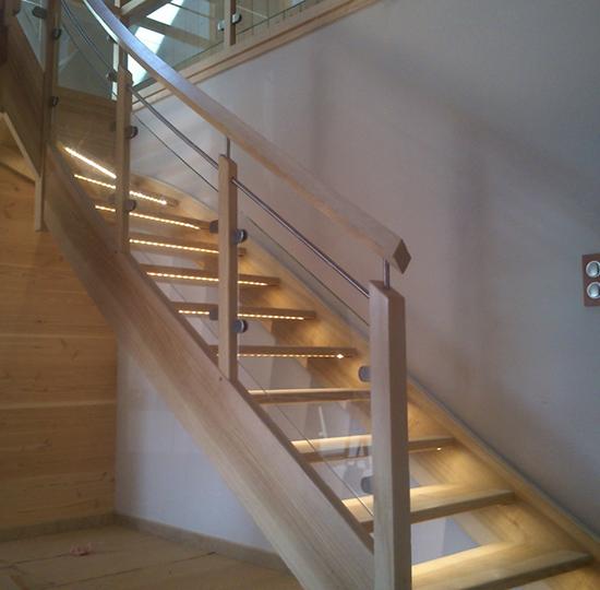 escalier contemporain 31 escaliers guyot. Black Bedroom Furniture Sets. Home Design Ideas